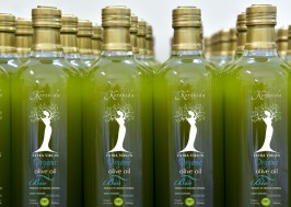 Koronida olive oil bottles unfiltered
